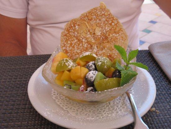 Lodeve, Frankrig: Salade de fruits
