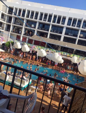 Ibiza Rocks Hotel was an 11/10 exceeding our expectations!