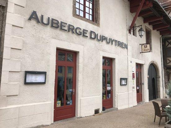Auberge Dupuytren: Façade
