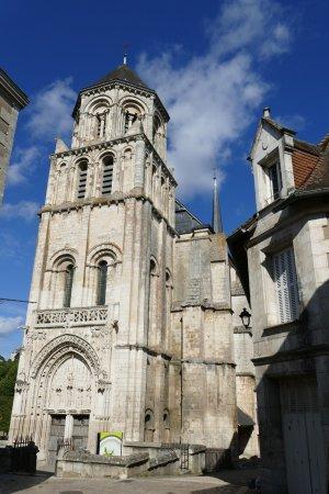 Eglise Sainte Radegonde