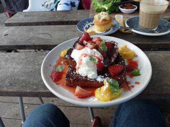 Abbotsford, Australia: Big portions