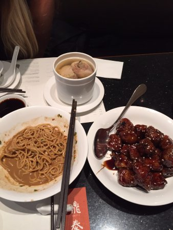 Din Tai Fung (Nanjing West Road): Chicken Soup and Sweet and Sour Ribs