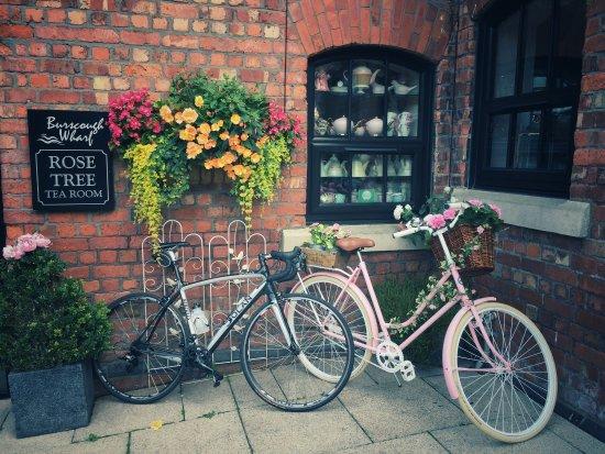 Burscough, UK: photo0.jpg