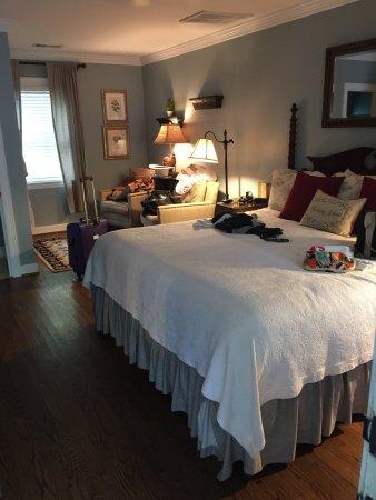 Chanticleer Inn Bed and Breakfast: photo1.jpg