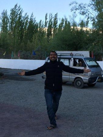 Ratna Hotel Ladakh: Hotel Manager : Tashi Bhaiya