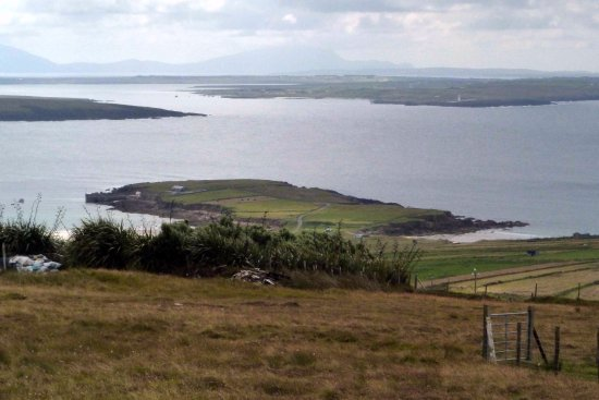 Belmullet, Ireland: Looking over Barr na Rinne.