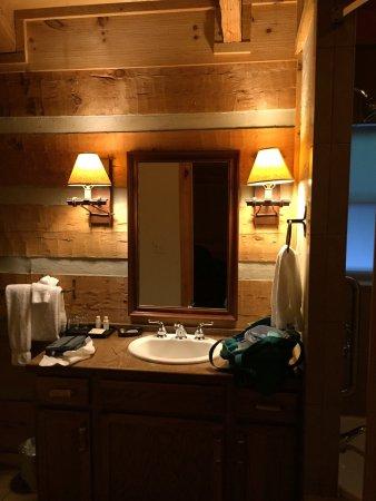 Dancing Bear Lodge : photo1.jpg