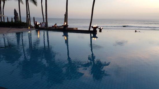 The Legian Bali : 20170813_182422_large.jpg