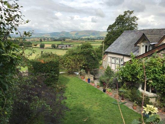 Powys 사진