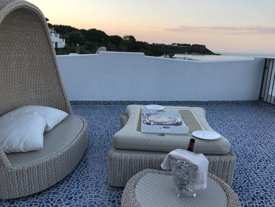 Il Tetto terrazza pronto per un aperitivo al tramonto... - Foto di ...
