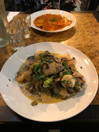 Veal Scaloppini & Ravioli Napoli