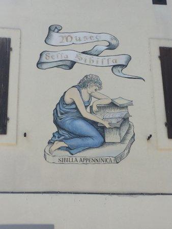 Museo della Grotta della Sibilla