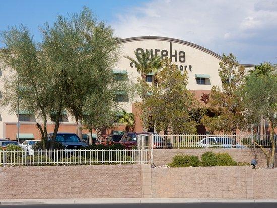 Eureka Casino Resort: ホテルの外観