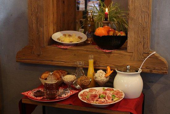 Hotel Restaurant L'Escale : Petit-déjeuner