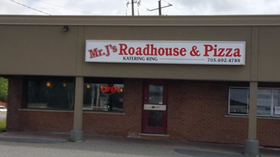 Whitefish, Canada : Mr.J's Roadhouse and Pizza is in Lively off RR24