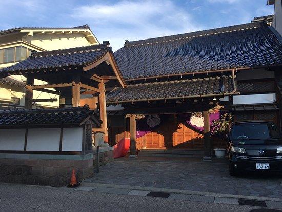 Jitsuso-ji Temple