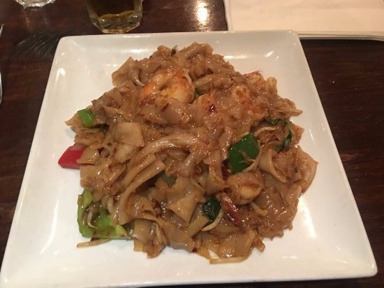 Μπρόνξβιλ, Νέα Υόρκη: Thai Spicy Drunken Noodles with Shrimp