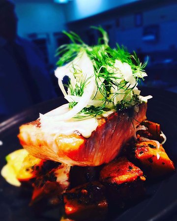 Mount Victoria, Australia: Salmon :: Specials menu