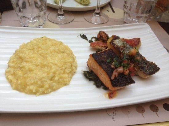 Parillada de poissons cuisson du poisson la plancha et for Poissons a la plancha