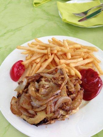 Meerane, Германия: einfache Hausmannskost, allerdings nicht sehr liebevoll angerichtet