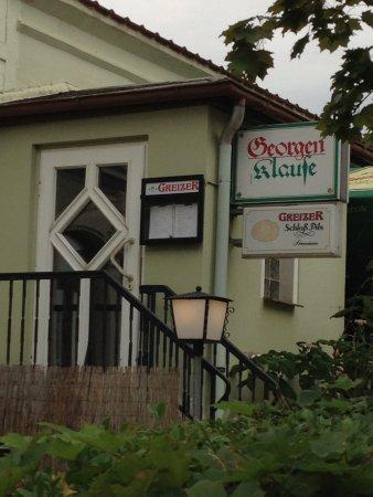 Meerane, Германия: der Eingang über die Terrasse ist ewas einladender...