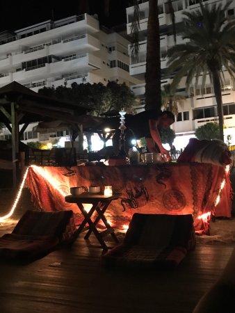 Crusoes beach bar : photo3.jpg