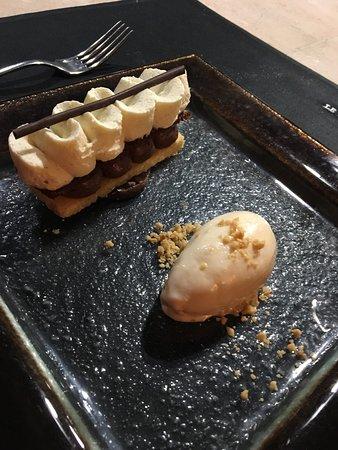 Le Saint Julien: Finger chocolat Grand Cru crème glacée cacahuète