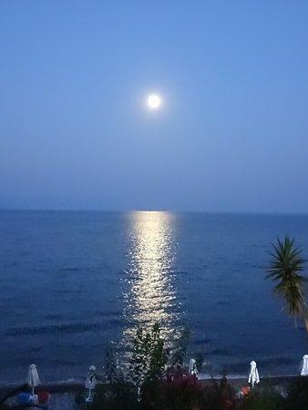 Petalidi, Grèce : A wonderful evening with full moon!