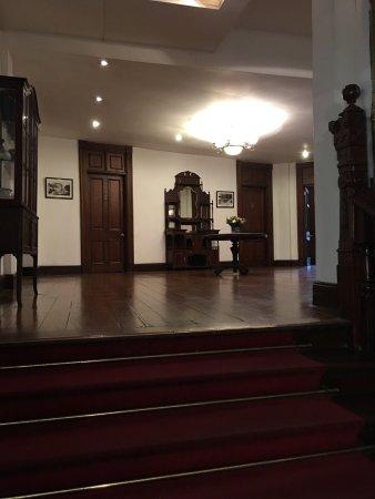 Queens Hotel Kandy: photo2.jpg