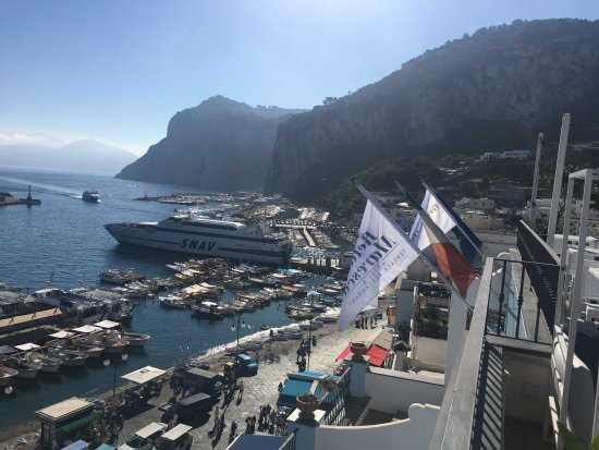 Hotel Relais Maresca : Gorgeous views from the restaurant terrace!