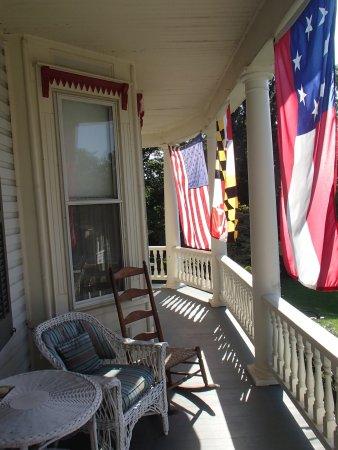 Sharpsburg, Μέριλαντ: Porch sitting