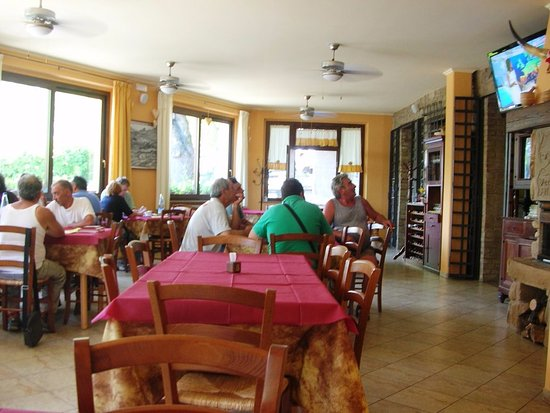 Monte san Martino, Włochy: Interno del locale