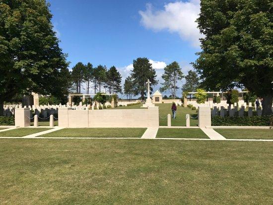 Ryes War Cementery