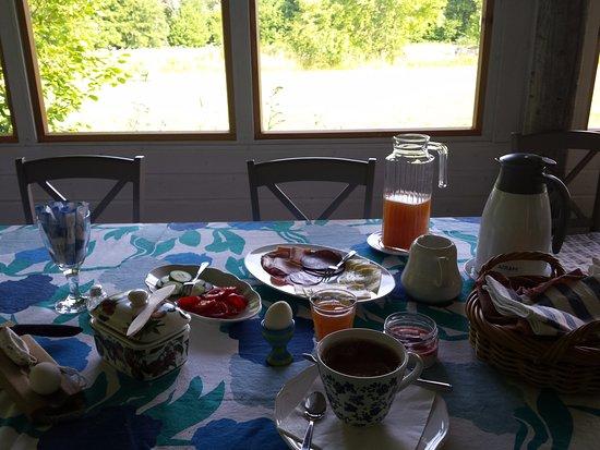 Saaremaa, Estonia: Breakfast