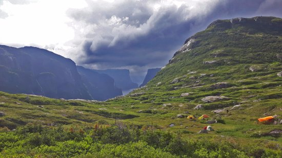 Norris Point, Canadá: Camping with a view! Western Brook Pond Gros Morne National Park (Long Range Traverse)