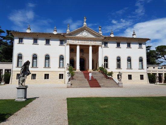 Villa Corner, Persico