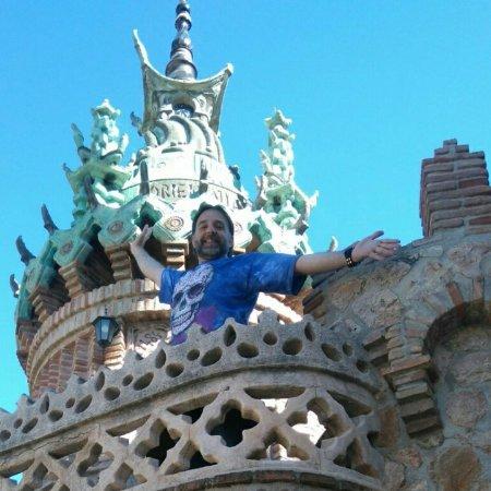 Castillo de Colomares: Desde una colmena