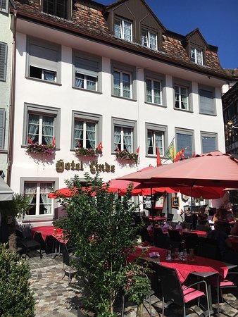 Bischofszell, Schweiz: Hotel Linde mit Sonnenterrasse