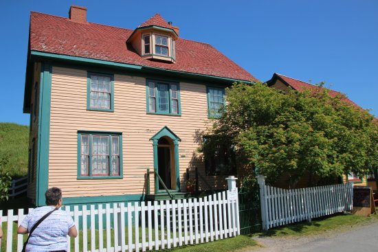 Hiscock House Provincial Historic Site