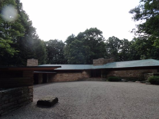 Addison, بنسيلفانيا: FLW's Kentuck Knob is only a 25 minute drive from Hartzell House.