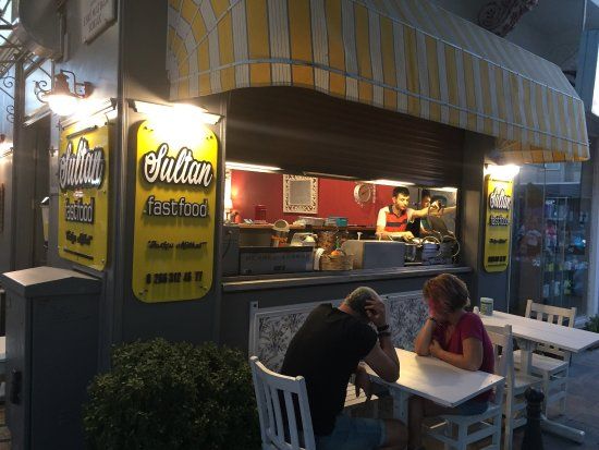 sultan fast food ayvalik restaurant bewertungen telefonnummer fotos tripadvisor