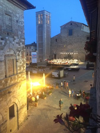 Osteria del Borgo : Views from our room