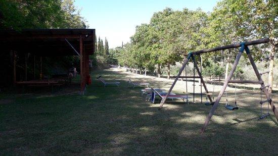 Agriturismo La Pietriccia: aire de jeux enfants