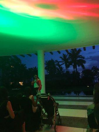 Grand Velas Riviera Nayarit: The mixologist was awesome!