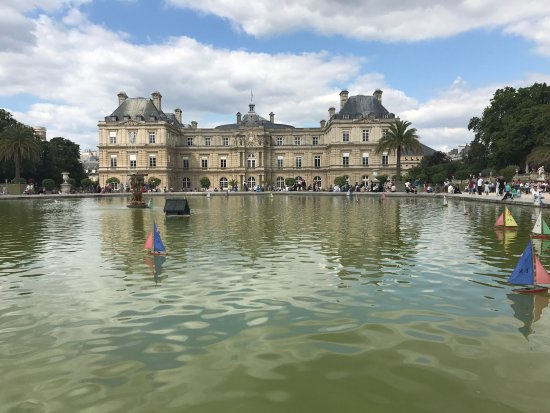 Jardin du luxembourg le 14 ao t 2017 picture of - Jardin du luxembourg hours ...
