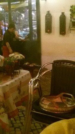 Porta d' Alfama: Essen vom Grill