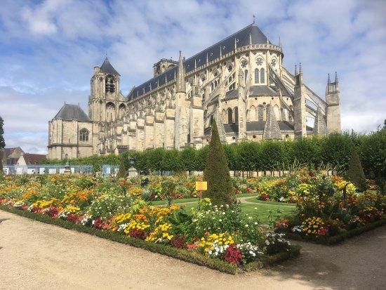 Bourges, Fransa: photo2.jpg