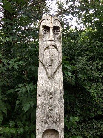 Great Torrington, UK: Wooden statue