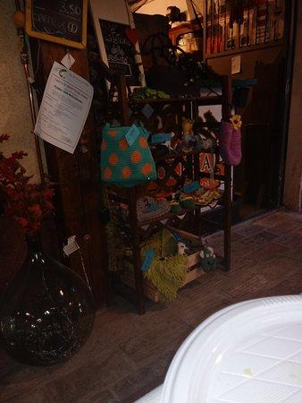 Fiuminata, Italia: TA_IMG_20170813_201223_large.jpg