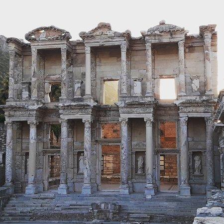 Biblioteca Celsus: IMG_20170812_214246_015_large.jpg